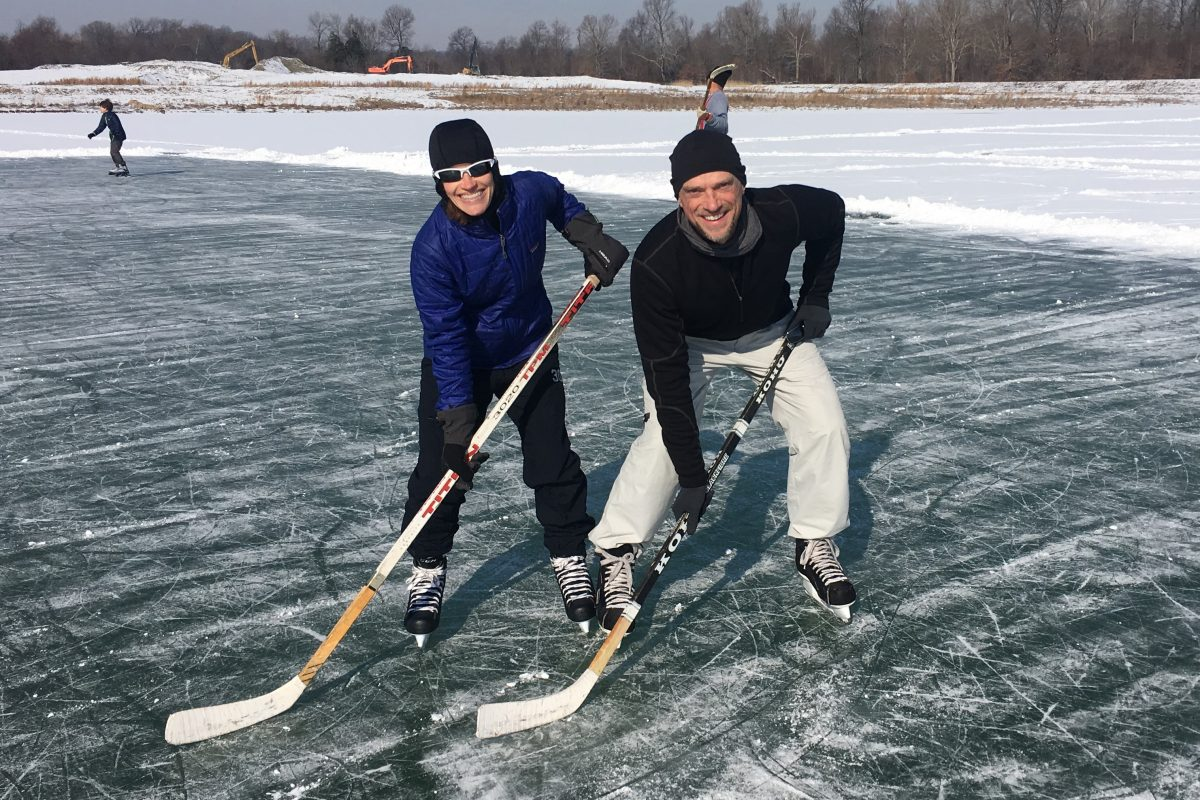 Pond Hockey Pose